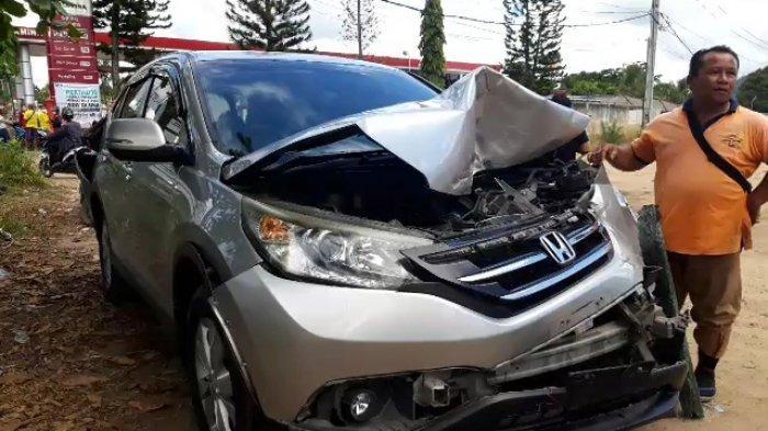 Kecelakaan Beruntun di Jalan Raya Koba, Diseruduk Truk Mobil CRV Ringsek Depan Belakang