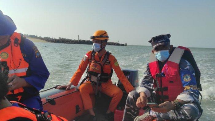 Tim Gabungan Temukan Barang-barang Milik ABK KMP Musi 1, Satu Orang Hilang Masih dalam Pencarian