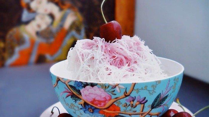 8 Es Krim Khas dari Berbagai Negara, Faloodeh Mirip Bihun