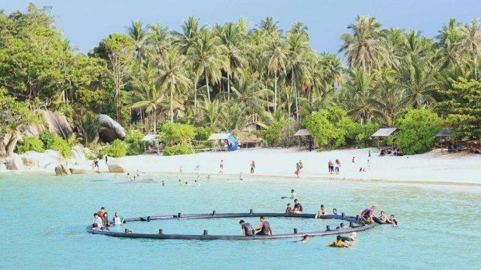 Pesona Pantai Siangau Destinasi Wisata Indah di Bangka Barat