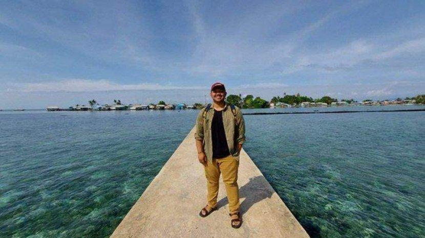 Ke Pulau Buku Limau Yuuk, Menikmati Beningnya Air Laut diatas Hamparan Terumbu Karang