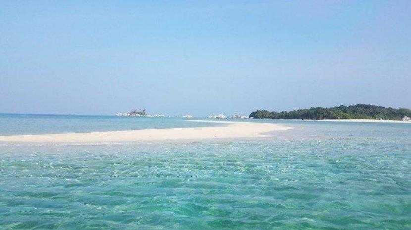 pulau-pasir-tanjung-kelayang-belitung.jpg