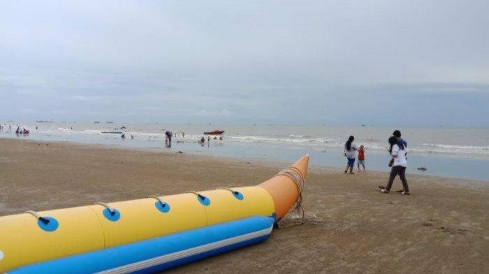 Fasilitas Pantai Angsana Kabupaten Tanahbumbu Manjakan Wisatawan Lokal dan Luar Kabupaten