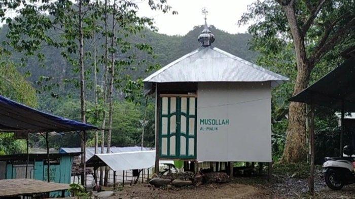 Musala, salah satu fasilitas pengujung wisata sungai Desa Nateh Kabupaten HST.