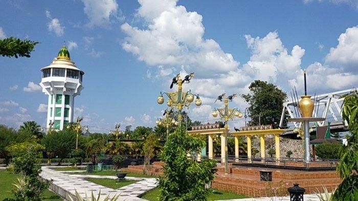 Taman Kota Green Kasongan Kabupaten Katingan Kalteng, Berdekatan dengan Masjid Besar