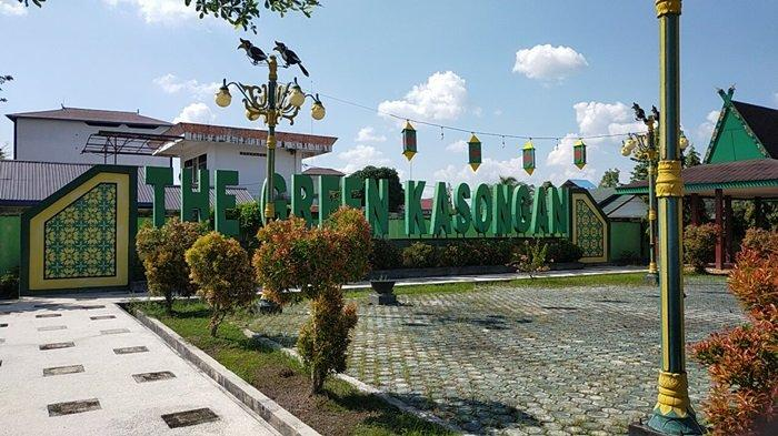 Taman Kota Kasongan atau The Green Kasongan di kabupaten Katingan, Kalteng.