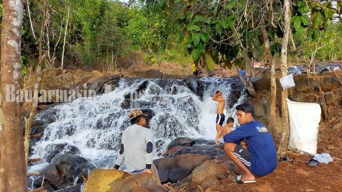 Pengelola Air Terjun Janda Beranak Tiga Terus Lengkapi Fasilitas untuk Nyamankan Pengunjung