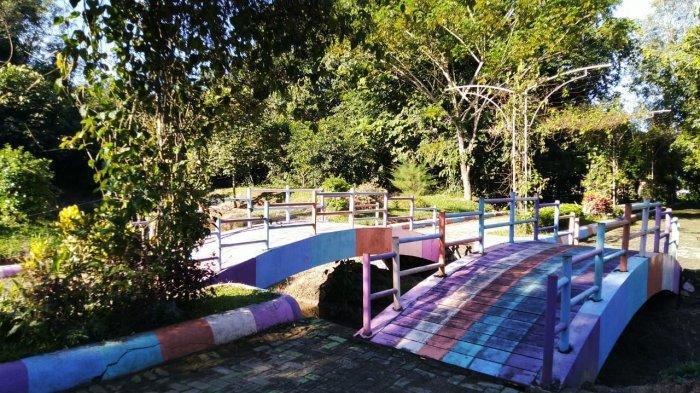 Pengunjung Hutan Kota Tanjung Persada Paling Suka Berfoto di Lokasi ini