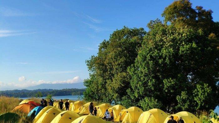 Wisata Kalsel Bukit Batu Aranio Kabupaten Banjar, Jadi Fun Camping Berburu Momen Sunset dan Sunrise