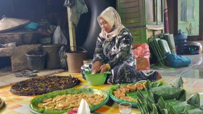 Kuliner Kalsel, Gunakan Cetakan Daun Dadap, Hasilkan Citarasa yang Khas Kue Apam