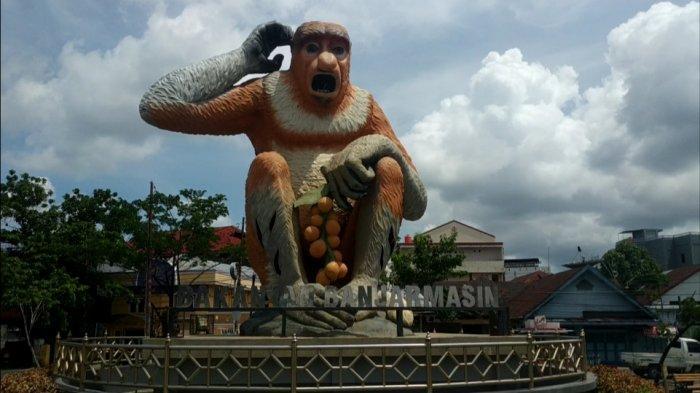 Patung Maskot Bekantan, Ikon Kota Banjarmasin Lewat Hewan Khas Kalsel