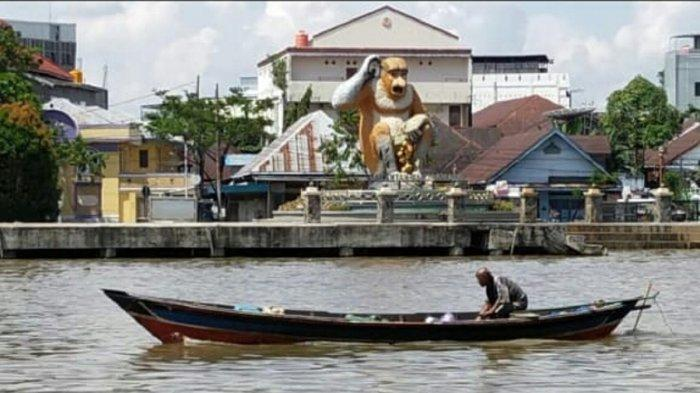 Maskot Bekantan di Siring Sungai Martapura jadi Ikon Layaknya Merlion