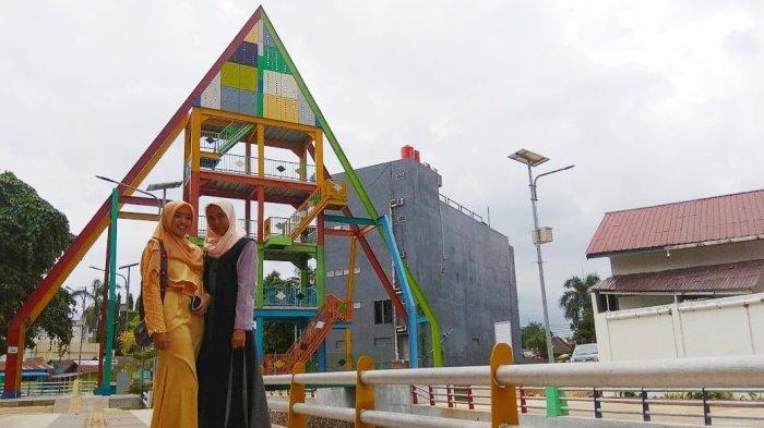 Menara Pandang 33 Banjarbaru, Berbentuk Segitiga Warna Warni, Alternatif Wisata Gratis