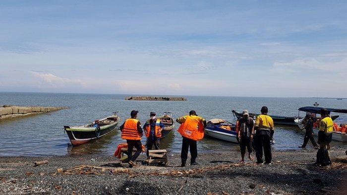 Wisata Kalsel Pulau Datu di Kabupaten Tanahlaut, Tiap Hari Ada Kelotok Penyeberangan, Ini Tarifnya - sejumlah-kelotok-jasa-penyeberangan-ke-wisata-kalsel-pulau-datu-di-kabupaten-tanahlaut.jpg