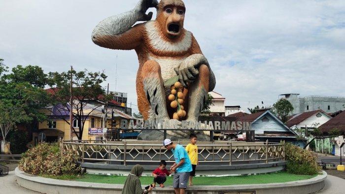 Patung Bekantan Raksasa Berbahan Perunggu, Ikonik Wisata Kalsel Taman Maskot Bekantan Banjarmasin