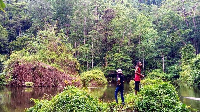 Wisata Ekstreme ke Gunung Pahiyangan, Bukit Oktagonal & Telaga Air Dalam, Legenda Naga 8 Kepala