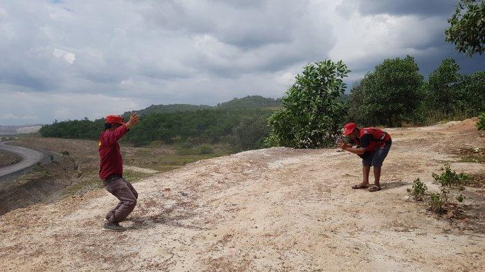 Kawasan Pertambangan di Sekitar Gua Bramban Tapin, Jadi Spot untuk Selfie