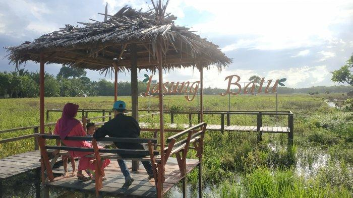 Keindahan Ikon Desa Lasung Batu di Kabupaten Balangan, Suguhkan Panorama Alam Persawahan