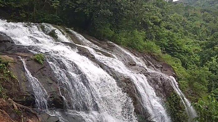 Air Terjun Bajuin Wisata Kalsel di Kabupaten Tanahlaut, Paling Terkenal Air Terjun Pancoran Lima