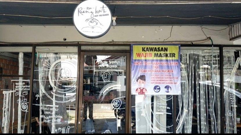 Kafe Jadul Kopi Ruang Hati di Banjarmasin, Tulisan dan Lukisan Sarat Makna Filosofis Memotivasi