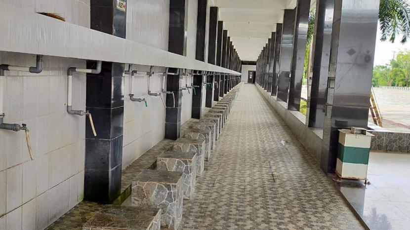 Berikan Kemudahan Musafir yang Mampir di Masjid Jamhuri Aisyah Batola, Pengelola Bangun Minimarket