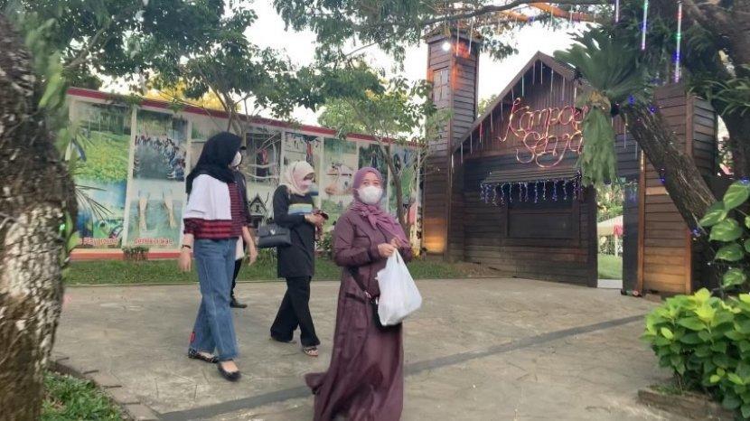 Ngabuburit di Wisata Kalsel Kampung Senja Amanah Borneo Park Banjarbaru, Wahana Permainan Sepuasnya