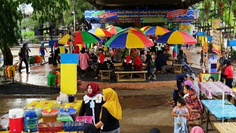 Mawarung Baimbai di Wisata Kalsel Kampung Banjar Sungai Jingah Banjarmasin