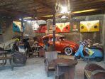 Mobil-antik-Kopi-Mbaroh-di-Landasan-Ulin-Banjarbaru.jpg