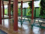 Tempat-istirahat-untuk-makan-di-Taman-Kota-Kasongan-Kabupaten-Katingan-Kalteng.jpg