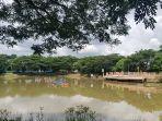 hiburan-air-mancur-di-danau-rth-rantau-baru-kabupaten-tapin-kalsel-kamis-9_4_2020.jpg
