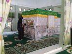 masjid-enam.jpg