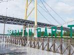 wisata-bawah-jembatan-barito-di-jalan-trans-kalimantan-kecamatan-alalak-kabupaten.jpg