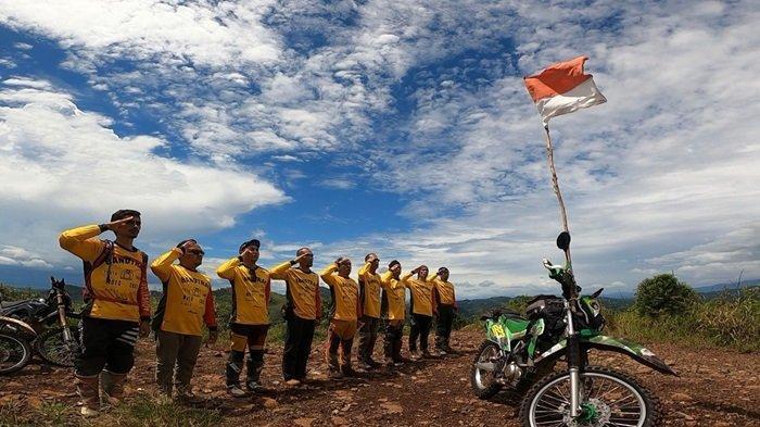 Bandtrac Aktif Gelar Terabas, Baksos Hingga Pengibaran Merah Putih HUT RI di Bukit Joglo Aranawai