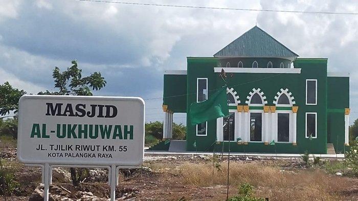 KaltengPedia - Profil Masjid Al-Ukhuwah Palangkaraya Kalteng, Dibangun di Lahan Seluas 4 Hektare