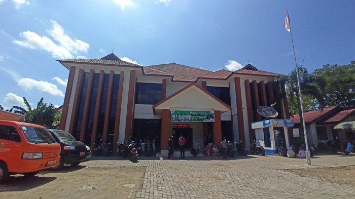 Kantor Camat Juai Kabupaten Balangan, Bangunan Baru Rehab Total pada 2018 Anggaran Rp 7 Miliar - kantor-kecamatan-juai-kabupaten-balangan-kalsel.jpg