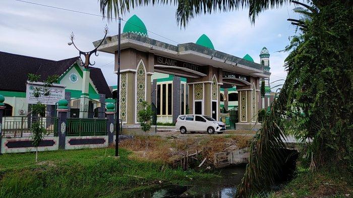 KaltengPedia - Profil Islamic Center Sampit di Kabupaten Kotawaringin Timur Kalteng