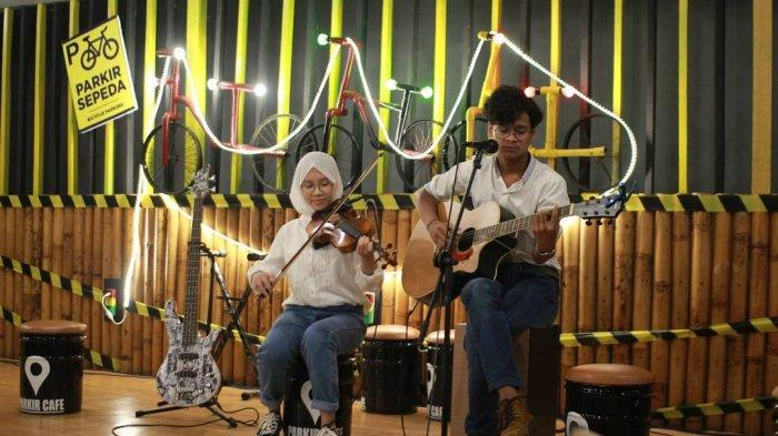 Profil Parkir Cafe Banjarmasin di Jalan Gatot Subroto Kalimantan Selatan
