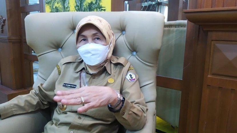 Profil Bupati Baritokuala Hj Noormiliyani, Bupati Perempuan Pertama di Kalimantan Selatan