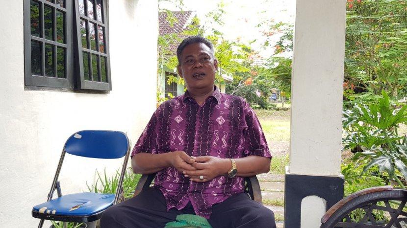 Profil Desa Alur Kecamatan Jorong Kalsel, Dipimpin Kepala Desa Seorang Petani dan Tukang Bangunan