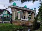 kawasan-islamic-center-masjid-wahyu-al-hadi-jalan-jend-soedirman-sampit-kalimantan-tengah.jpg
