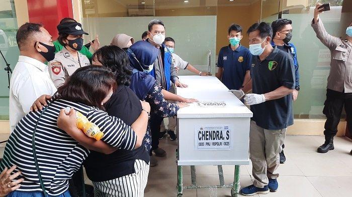 Kemenkumham Serahkan Uang Santunan saat Serah Terima Jenazah Korban Kebakaran Lapas Tangerang