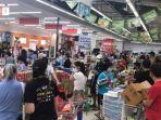 Foto-Ilustrasi-beberlanja-di-supermarket.jpg