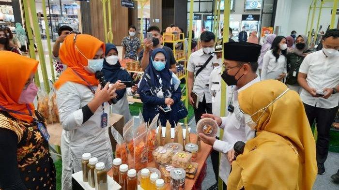 Imam Budi Hartono Minta Mal di Depok Sediakan Tempat untuk Pasarkan Produk UMKM Lokal