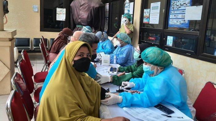 Kecamatan Sawangan Kembali Gelar Vaksinasi Covid-19 Dosis 2, 140 Warga Berhasil Divaksin