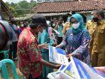 Bupati-Ade-Yasin-kanan-saat-berkunjung-ke-Kecamatan-Nanggung-Kabupaten-Bogor.jpg