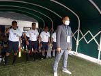 General-Coordinator-Stadion-Pakansari-Ferdinand-Rudin.jpg