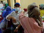 Kegiatan-vaksinasi-di-Kecamatan-Sawangan-Kota-Depok-pada-Rabu-22102021.jpg