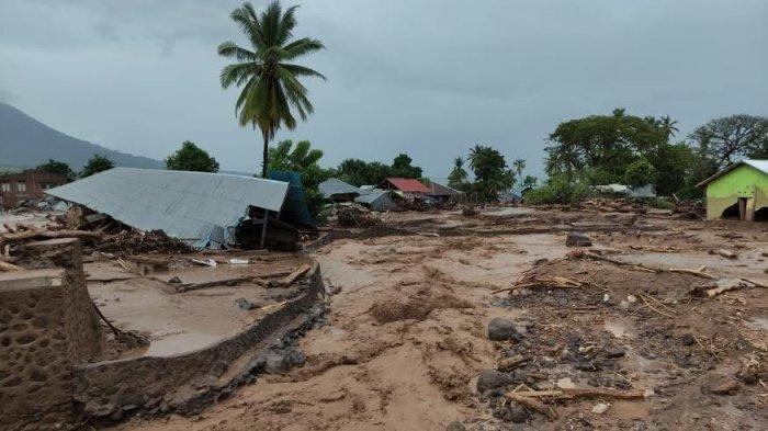Aksi Heroik Satpam Bank di Balik Tragedi Banjir Bandang Adonara NTT Berakhir Pilu, Kini Masih Hilang