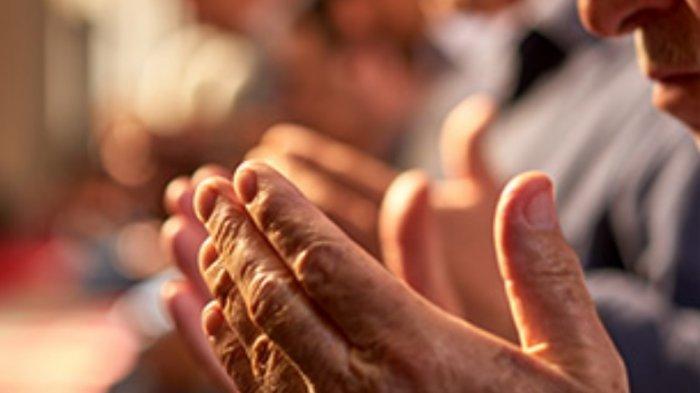 Lakukan 5 Amalan Ringan yang Berlipat Pahalanya Selama Ramadhan, Membaca Al Quran Hingga Dzikir