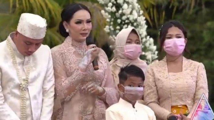 Tak Sengaja Baca Chat WA Vicky dengan Anaknya, Kalina Oktarani 'Tergampar' Bakal Segera Diceraikan